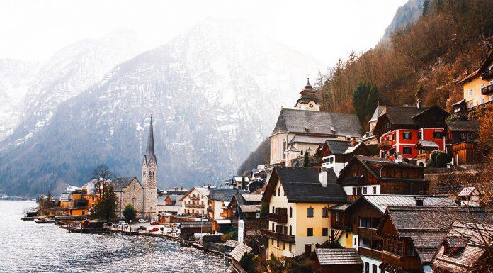 Oldest Village in Austria Hallstatt - Pound Travels