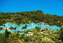 Blue painted Buildings in Júzcar - Pound Travels